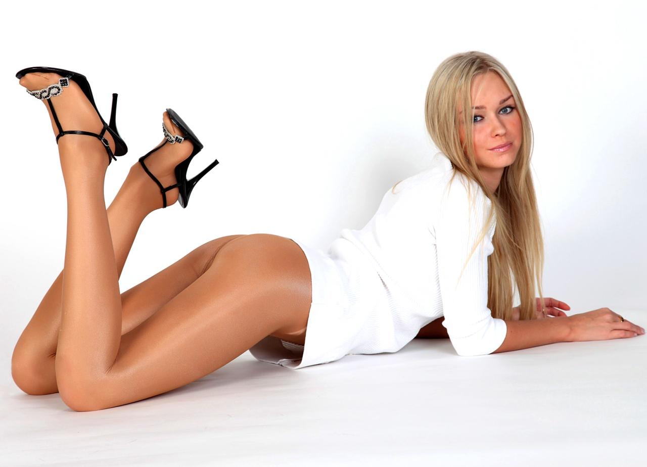 Секси ножки калготки