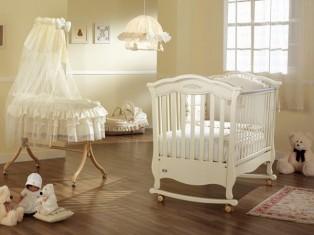 Как выбрать кроватку новорожденному