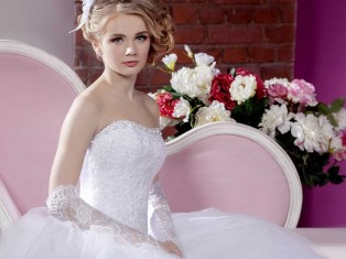 Свадебное платье: шить, купить или взять на прокат