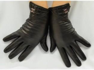 Женские перчатки всегда актуальны!