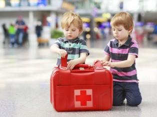 Берем ребенка в отпуск, собираем аптечку