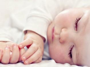 Что подарить на смотрины новорожденным