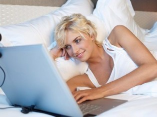 Как начать знакомство в интернете – делаем первый шаг