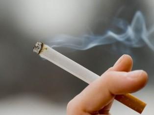 Кто и как заставляет нас курить