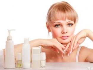 Польза и вред косметики для кожи лица