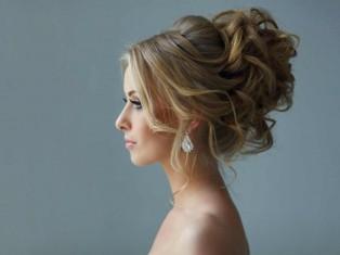 Прическа на свадьбу - какую выбрать?