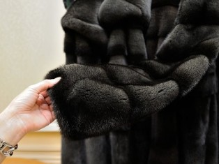 Советы по уходу за одеждой из меха