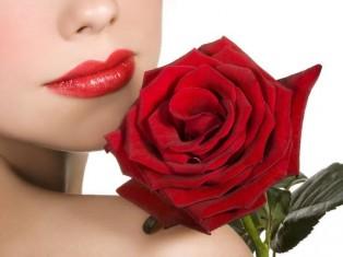 Женщины – лидеры отношений? Но все они любят розы!